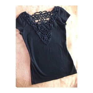 Garage | black crochet back design basic T-shirt